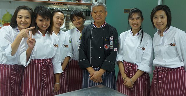 เรียนทำขนมเค้กญี่ปุ่น-โรงเรียนสอนทำเค้กญี่ปุ่น1-knowhowbake