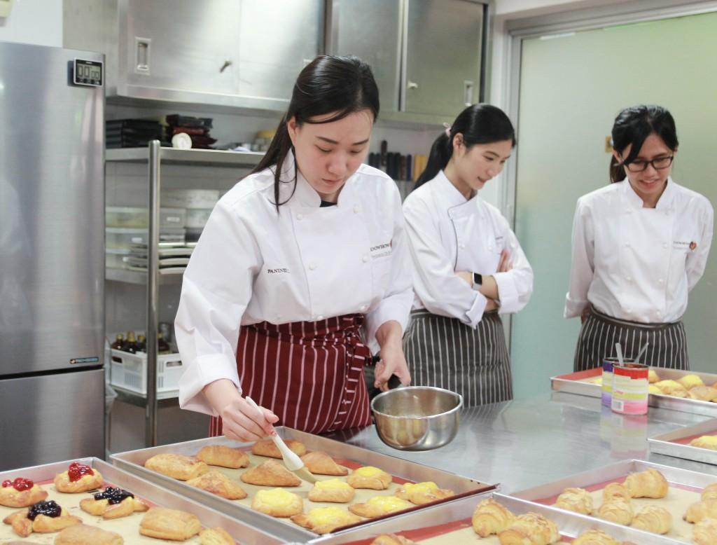 เรียนทำขนมปัง